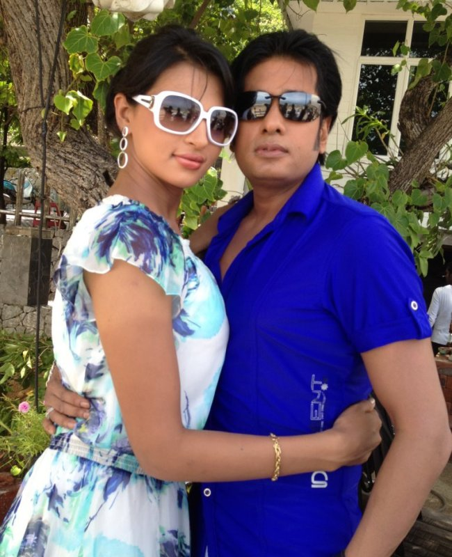 Ananta-Barsha: Romantic Couple Biography and Photo Wallpapers
