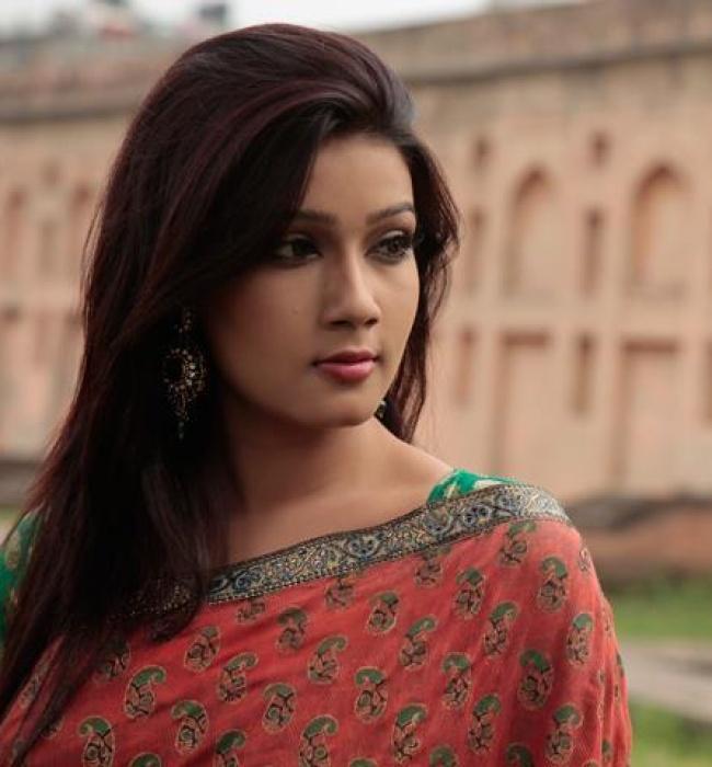 Onnorokom Bhalobasha: Mahiya Mahi-Bappi New Movie Wallpapers