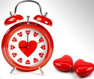 table clock gift for men
