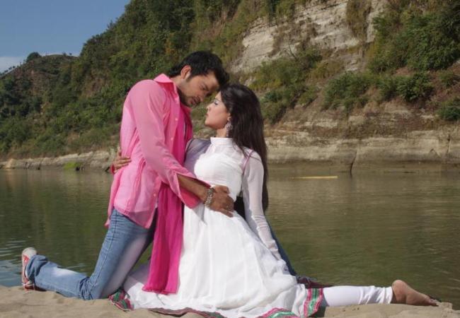 Pora Mon (2013) Bangla Movie Wallpapers
