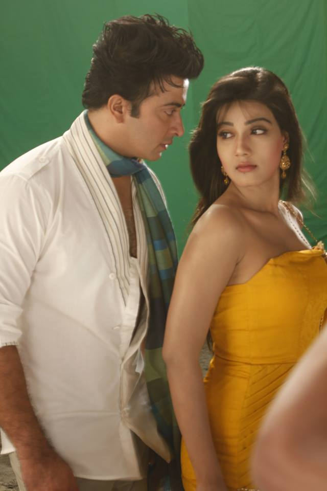Shakib Khan and Mahiya Mahi