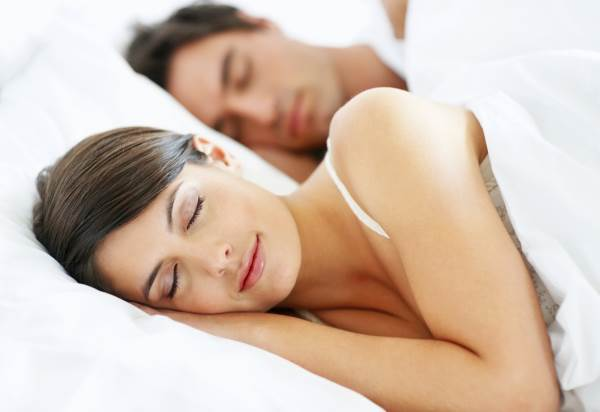 10 Easy Rules To Get A Sound Sleep At Night Naturally