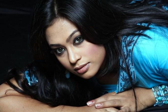 Sadika Parvin Popy: Hot Bangladeshi Model & Actress Photos