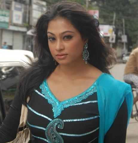 Sadika Parvin Popy: Hot Bangladeshi Model & Actress Photos
