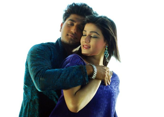 Honeymoon (2014): Bappi Mahiya Mahi Bangla Movie