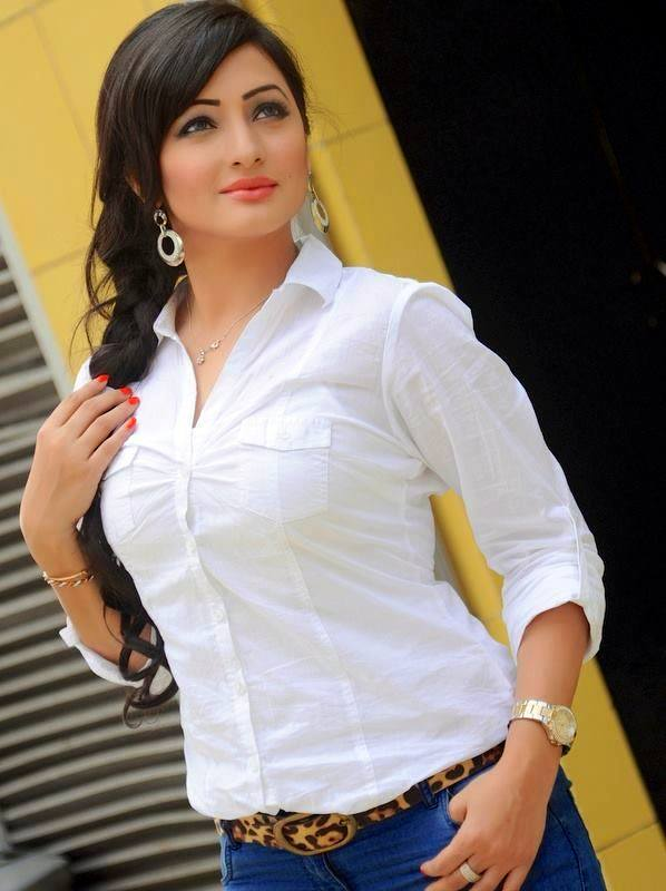 Suzena Bangladeshi Model Actress Photo Image Wallpaper