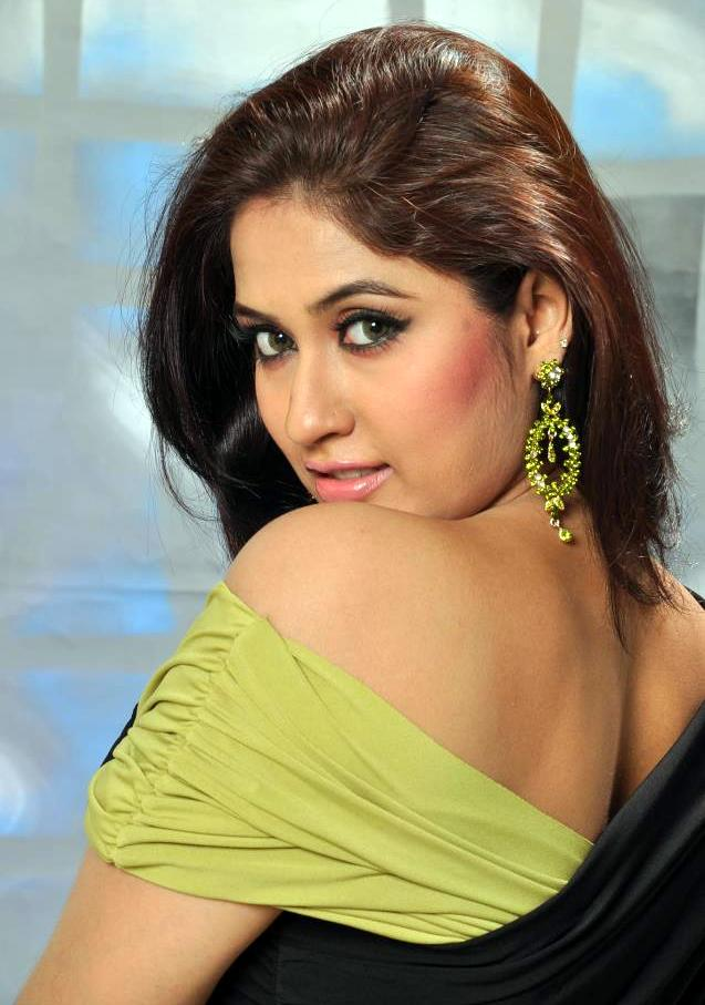 Sabrina Sultana Keya Hot Model Actress Photos