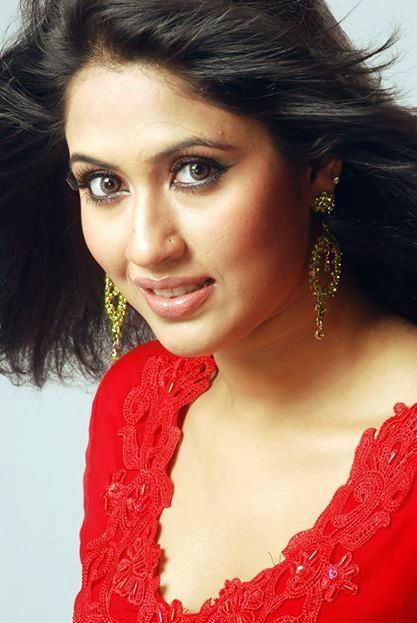 Hot Model Actress Photos