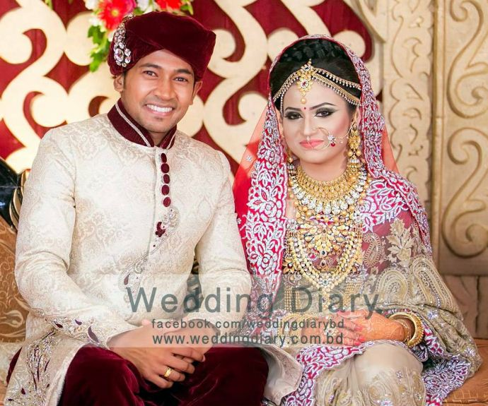 Mushfiqur Rahim & Jannatul Kefayat Mondy MarriageWedding Photos