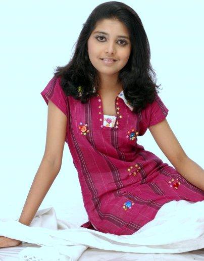 Porshi Bangladeshi Singer Model Actress Biography & Photos
