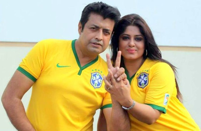 Omor Sunny-Moushumy Bangla Movie Couple Photos
