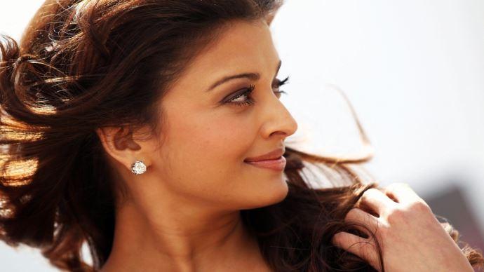 Aishwarya Rai Bachchan HD Wallpapers Collection