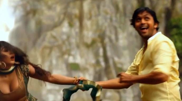 Chuye Dile Mon Arefin Shuvo Zakia Bari Momo Movie
