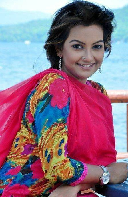 Nowshin Nahrin Bangladeshi Model Actress Photos