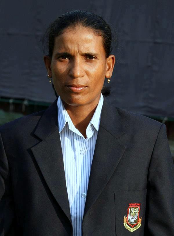 Salma Khatun Bangladeshi Cricketer Biography & Photos