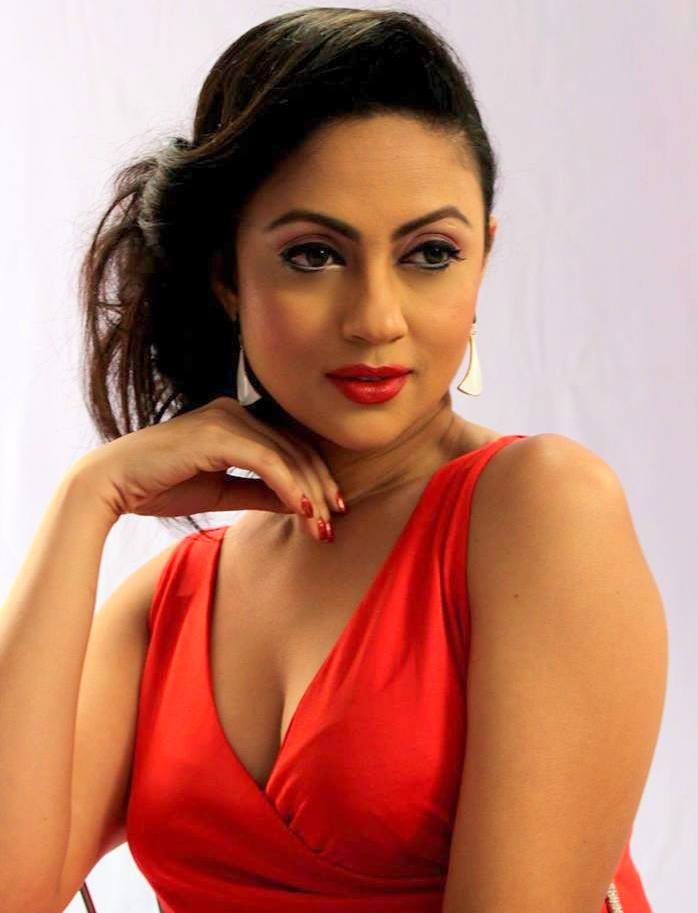 Dilruba Yasmin Ruhi: Bangladeshi Model & Actress Photos