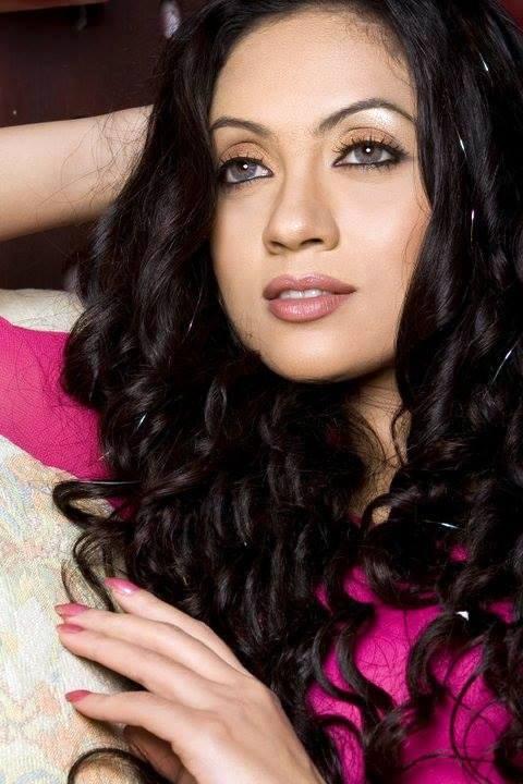 Ruhi Bangladeshi Model & Actress Photos