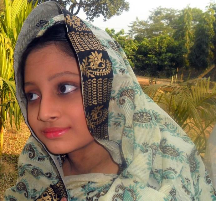 young-hairy-bangla