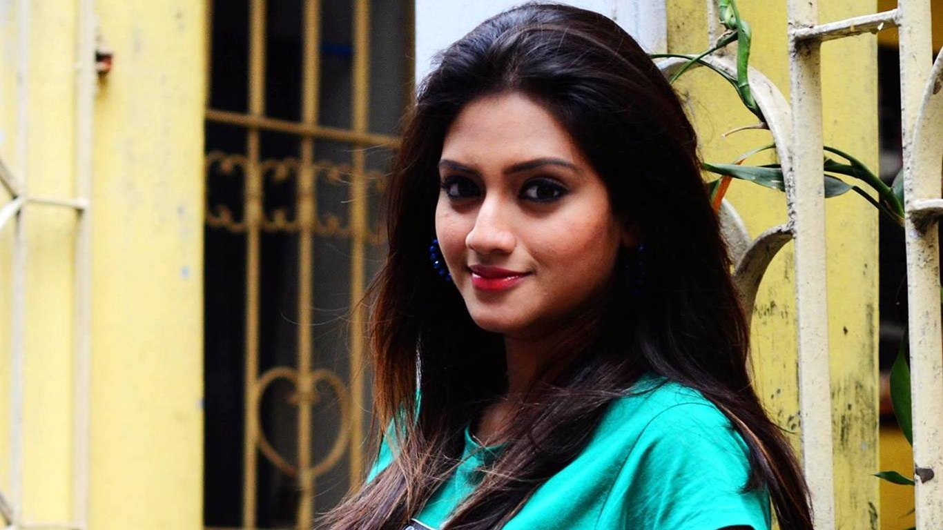 nusrat indian bangla movie actress hd photo wallpapers