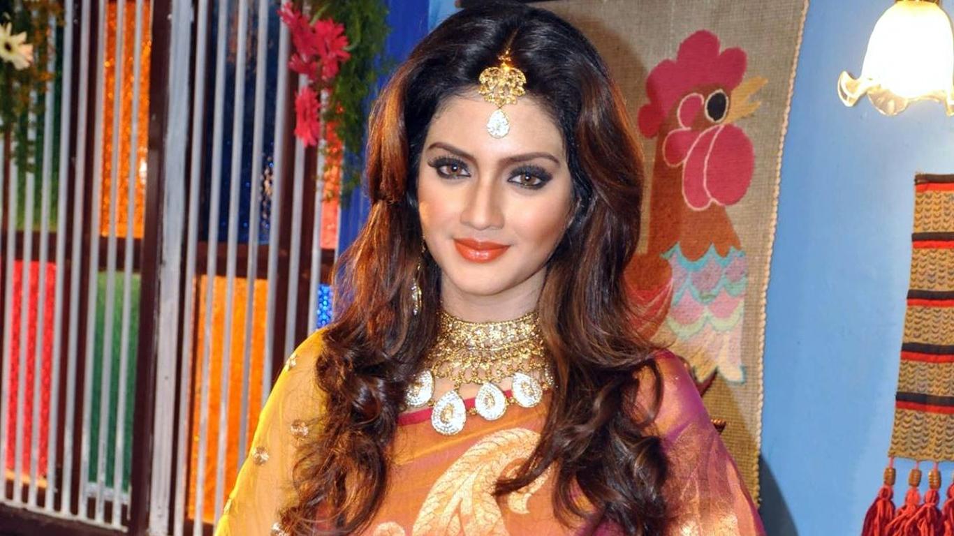 indian bangla movie actress nusrat jahan hd photo