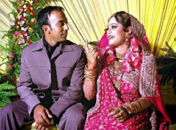 Aftab Ahmed Bangladeshi Cricketer with his wife