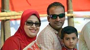 Javed Omar Belim Bangladeshi Cricketer with his wife