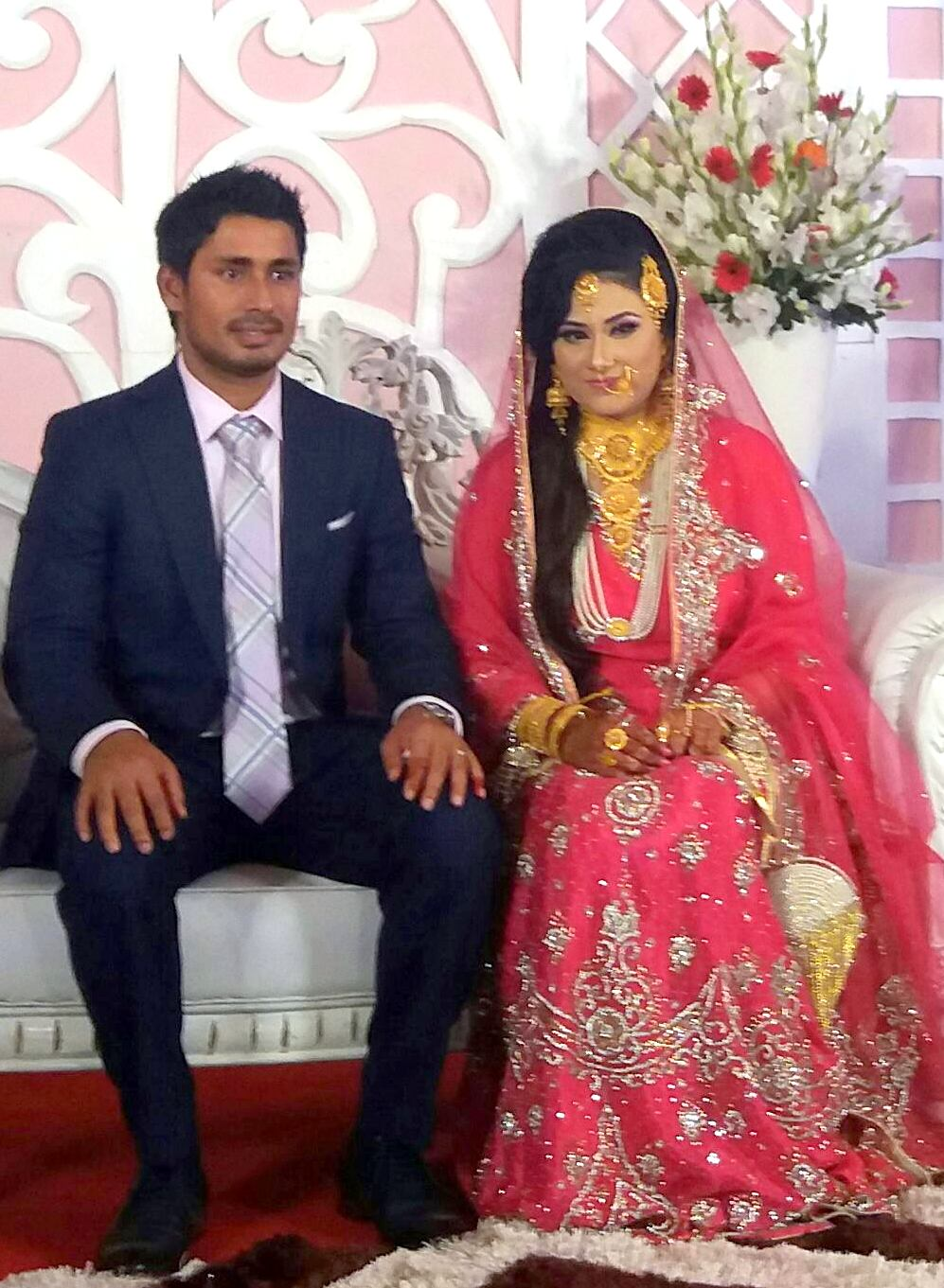 Mohammad ashraful bangladeshi cricketer with his wife anika tasnim orchi