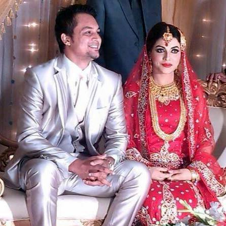Nadif Chowdhury Bangladeshi Cricketer with his wife