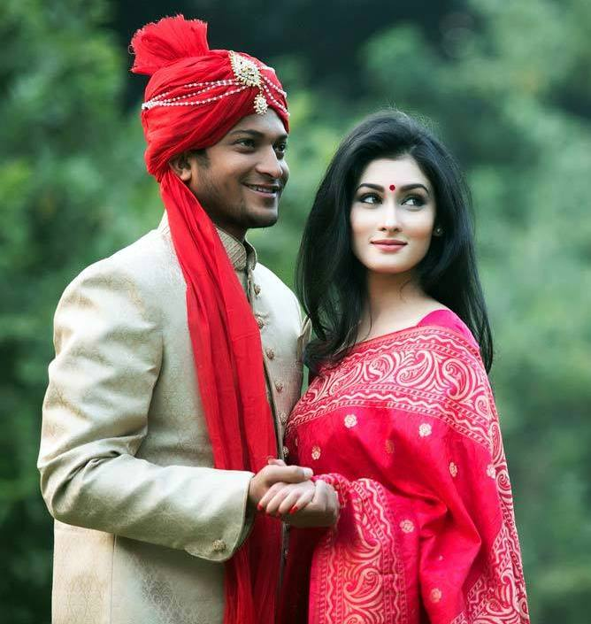 Shakib Al Hasan Bangladeshi Cricketer with his wife Umme Ahmed Shishir