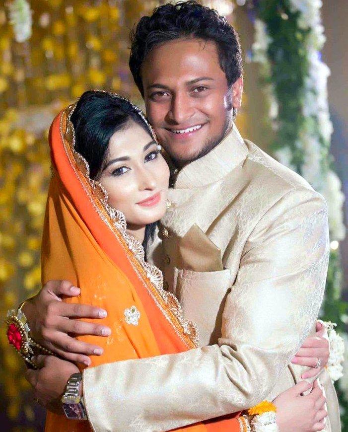 Shakib Al Hasan Bangladeshi Cricketer with his wife Umme Ahmed Shishir