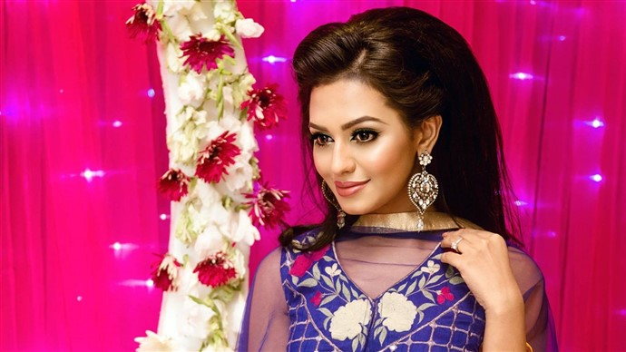Nusrat Faria Bangladeshi Model Actress HD Photo Wallpaper