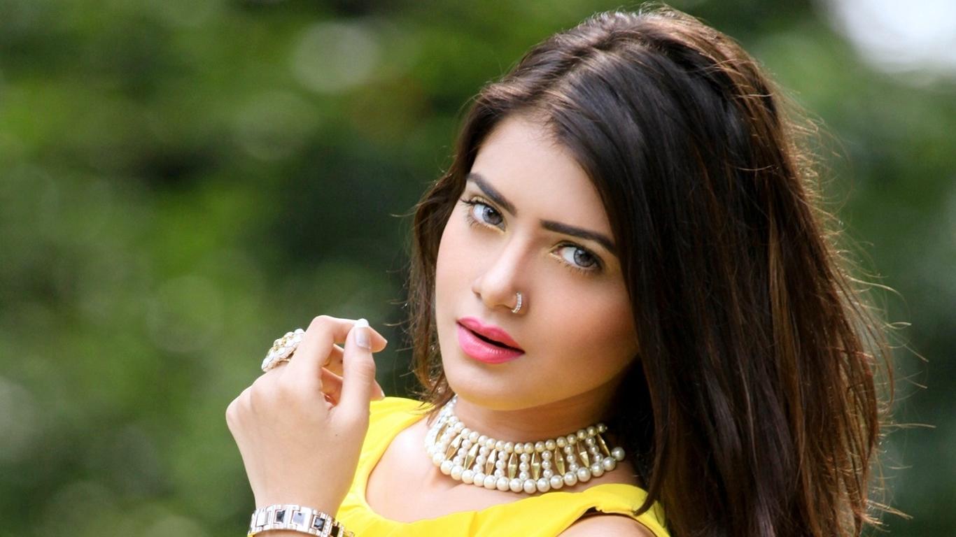 Bangla Love Wallpaper Hd : Tanjin Tisha: Bangladeshi Model Actress HD Photo Wallpapers