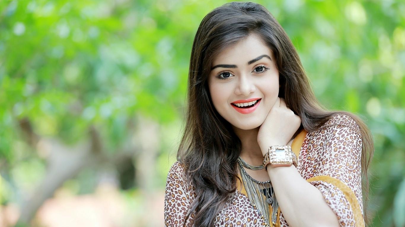 Tanjin Tisha Bangladeshi Model Actress Hd Photo Wallpapers