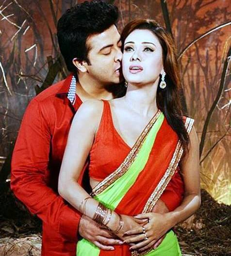 Bobby and Shakib Khan Couple Photo Image Picture