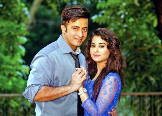 Bubli and Shakib Khan Couple Photo Image Picture