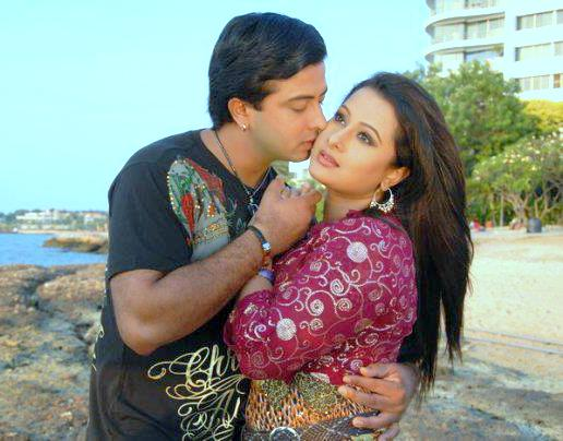 Purnima and Shakib Khan Couple Photo Image Picture