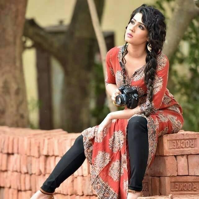 Dhaka Attack Arefin Shuvo Mahiya Mahi Bangla Movie